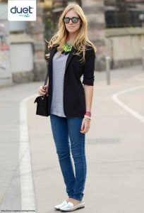 http://www.cutypaste.com/tendencia/25-formas-de-usar-zapatos-planos-metalicos/